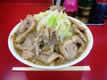 101025ジャンク・ガレッジ西船【ラーメン大豚W野菜増し】1.jpg
